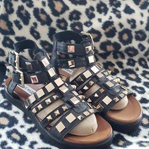 NWOB Steve madden  sandals